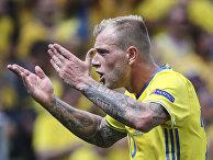 Игрок сборной Швеции Йон Гвидетти