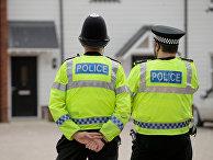 Полицейские в британском Эймсбери после госпитализации двух человек из-за отравления. 4 июля 2018