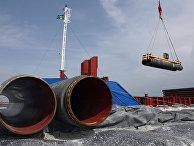 Подготовка к прокладке труб газопровода по дну Балтийского моря в порту Визби на острове Готланд