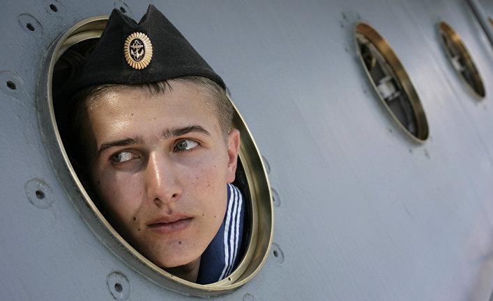 Матрос большого десантного корабля «Азов»