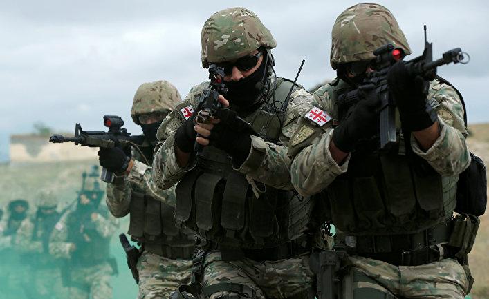 """Грузинские военнослужащие во время военных учений """"благородный партнер 2018"""""""