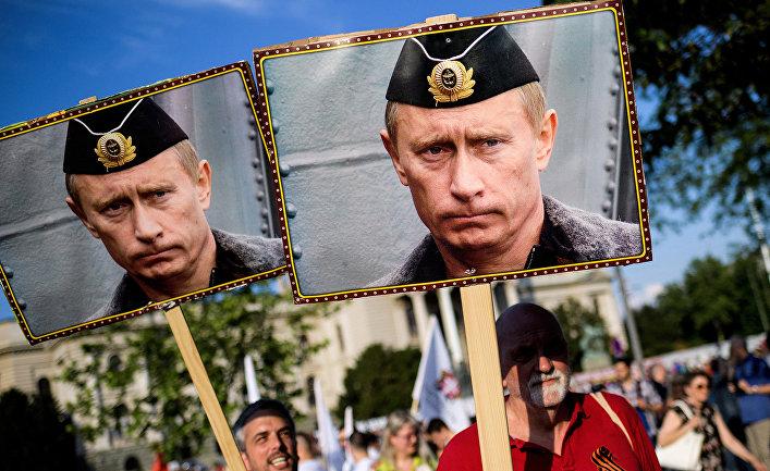 Портреты президента России Владимира Путина