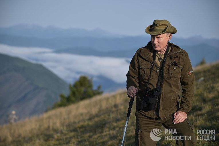 Президент РФ Владимир Путин во время отдыха в Республике Тыва