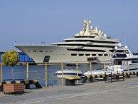 Яхта Dilbar пришвартовалась в Сочи