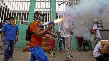 Столкновения протестующих с полицией в Масае, Никарагуа