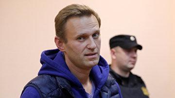 Оппозиционер Алексей Навальный на судебном заседании в Москве
