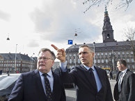 Министр обороны Дании Клаус Йорт Фредериксен и госсекретарь НАТО Йенс Столтенберг в Копенгагене