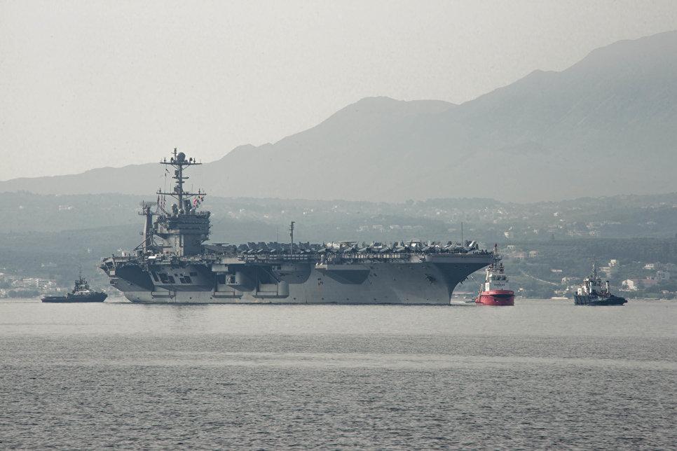 """Авианосец ВМС США """"Гарри Трумэн"""" в Средиземном море. Май 2018"""
