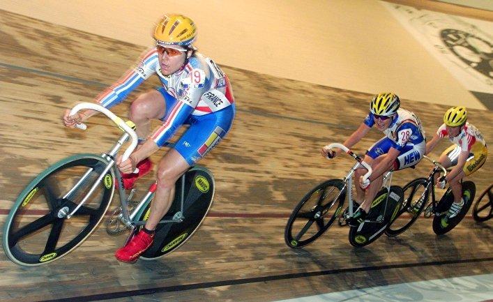 Участники чемпионата мира по велоспорту среди женщин в Берлине, Германия