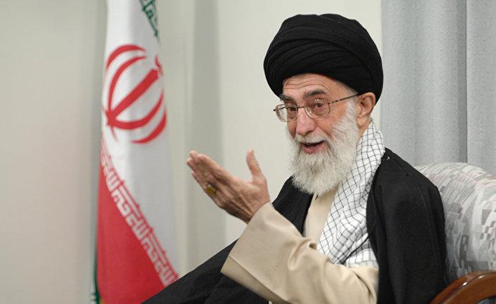 Духовный лидер Ирана аятолла Сейед Али Хаменеи
