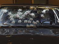 Автомобиль, в который стрелял полицейский Майкл Брело