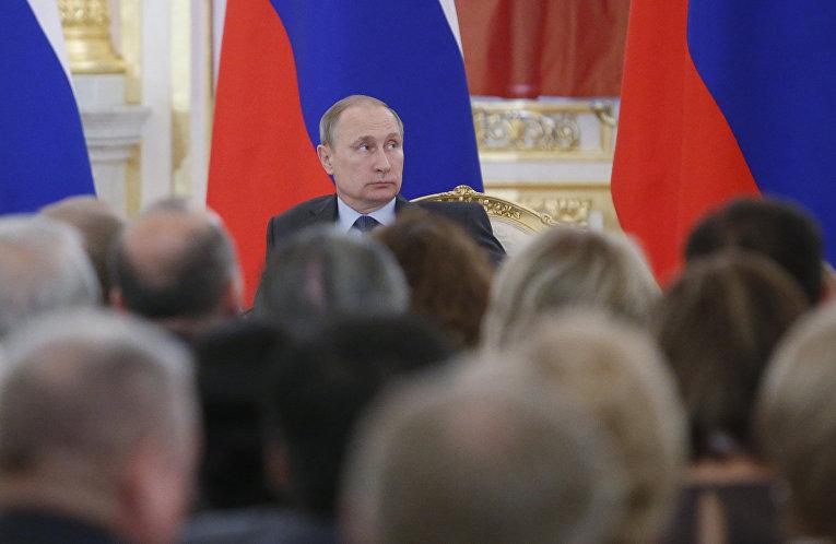 Владимир Путин на заседании Общественной палаты в Кремле