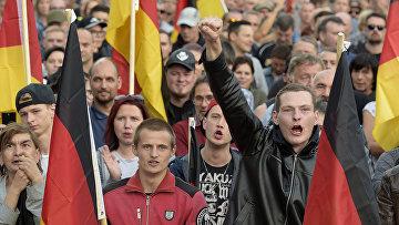 Акция протеста против мигрантов в Хемнице, Германия