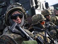 Немецкие солдаты во время военных учений НАТО «Единый трезубец»