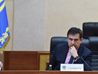 Михаил Саакашвили перед вручением ему удостоверения главы Одесской области