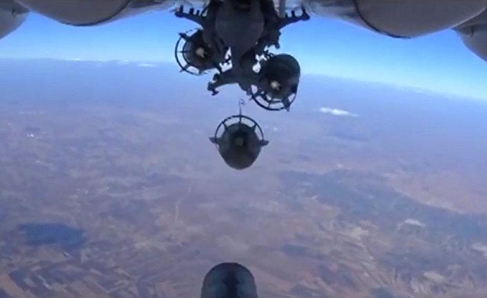 Бомбардировка позиций ИГИЛ в Сирии силами ВВС РФ