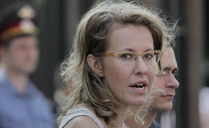 Илья Яшин и Ксения Собчак прибыли на допрос в Следственный комитет РФ