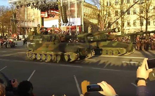 Парад и факельное шествие в Риге