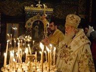 Патриарх Филарет (предстоятель неканонической церковной структуры Украины) во время службы во Владимирском соборе в Киеве