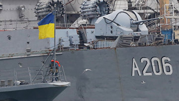 Украинские военные корабли в порту Одессы. 26 ноября 2018