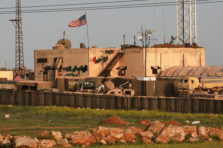 Американская военная база в сирийской деревне Аль-Асалия