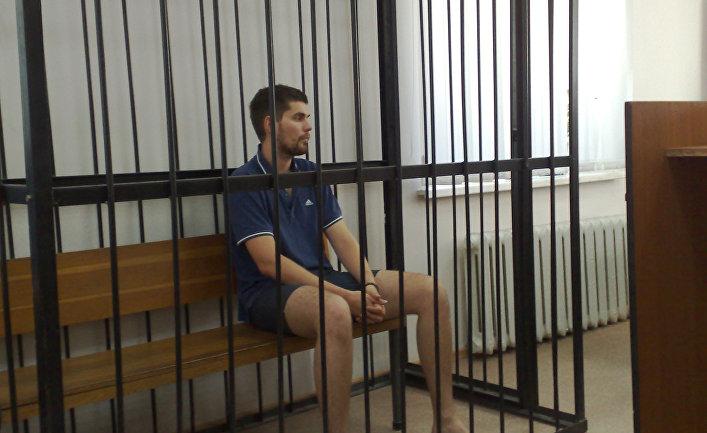Рэпер Noize MC во время судебного заседания
