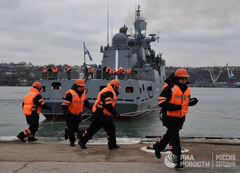"""Возвращение фрегата """"Адмирал Эссен"""" в Севастополь"""