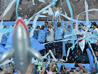 Футболисты «Манчестер Сити» празднуют победу в Премьер-Лиге в 2018 году