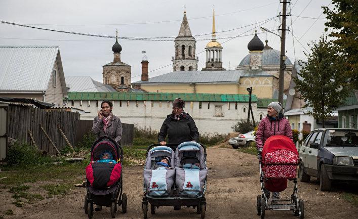 Жители в городе Торжок Тверской области
