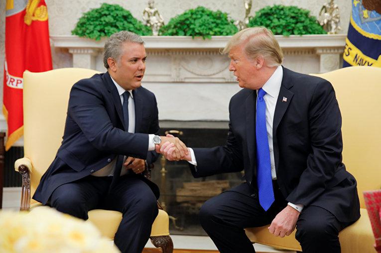 Президент США Дональд Трамп и президент Колумбии Иван Дуке