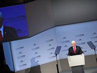 Майк Пенс выступает на Мюнхенской конференции по безопасности