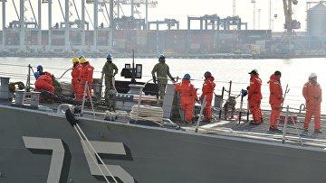 Ракетный эсминец  США «Дональд Кук» вошел в порт Одессы
