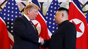 Президент США Дональд Трамп и северокорейский лидер Ким Чен Ын
