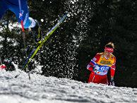 Александр Бессмертных (Россия) на дистанции индивидуальной гонки на 15 км классическим стилем