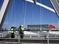 Прокладка рельс на Керченском мосту