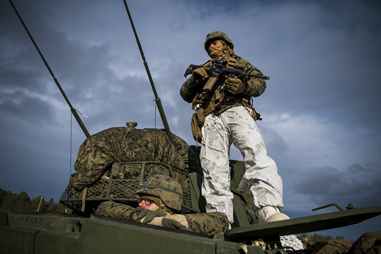 Солдаты НАТО во время учений Единый трезубец в Норвегии