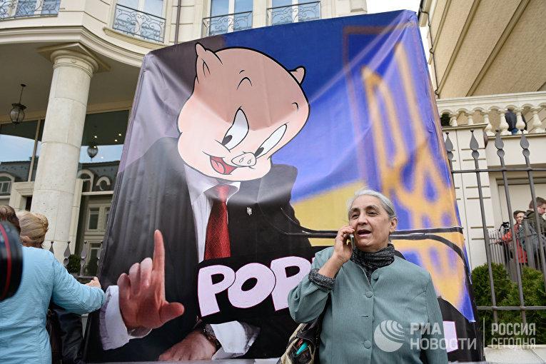 Акция против кандидата в президенты Украины В. Зеленского в Киеве
