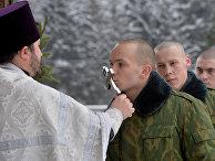 Военнослужащие внутренних войск Белоруссии празднуют Рождество Христово
