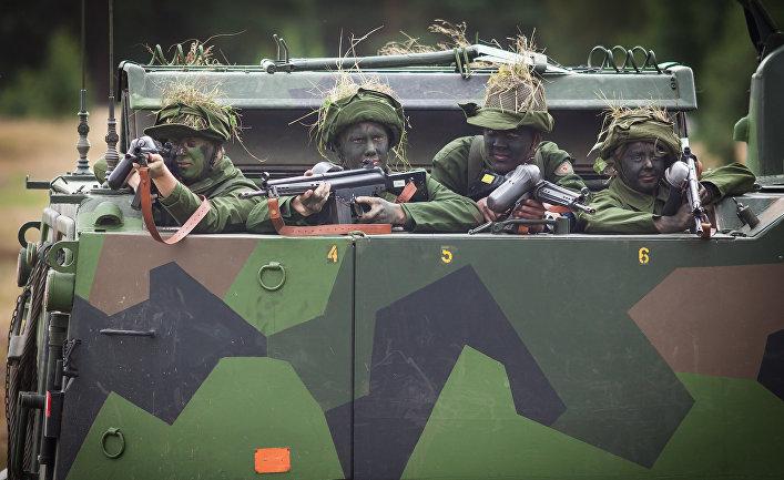 Шведские военные на учениях