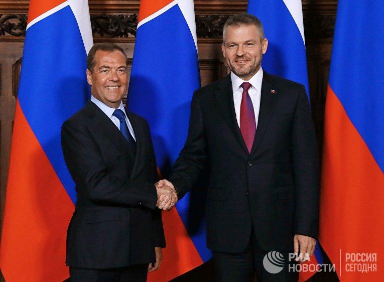 Премьер-министр РФ Д. Медведев провел переговоры с премьер-министром Словакии П. Пеллегрини