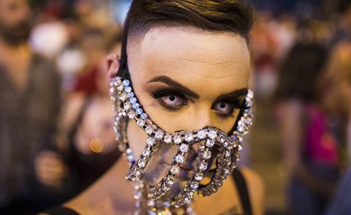 Гей-парад в Мадриде
