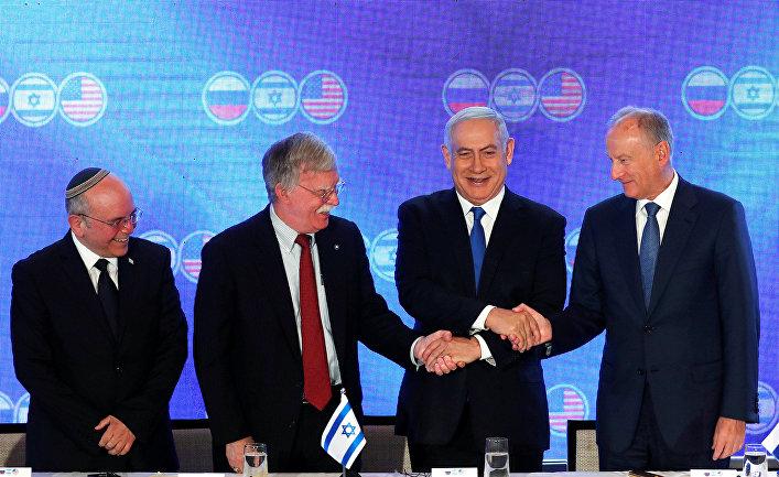 Премьер-министр Израиля Биньямин Нетаньяху, советнику по национальной безопасности США Джон Болтон и секретарь Совета Безопасности России Николай Патрушев