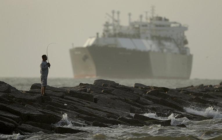 Американский нефтяной танкер