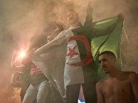 Болельщики сборной Алжира устроили беспорядки в центре Парижа