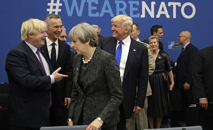 Президент США Дональд Трамп, министр иностранных дел Великобритании Борис Джонсон, премьер-министр Великобритании Тереза Мэй