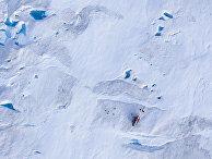 Американский вертолет на леднике в Гренландии