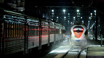 Скоростной поезд «Сапсан» настанции Чудово вНовгородской области