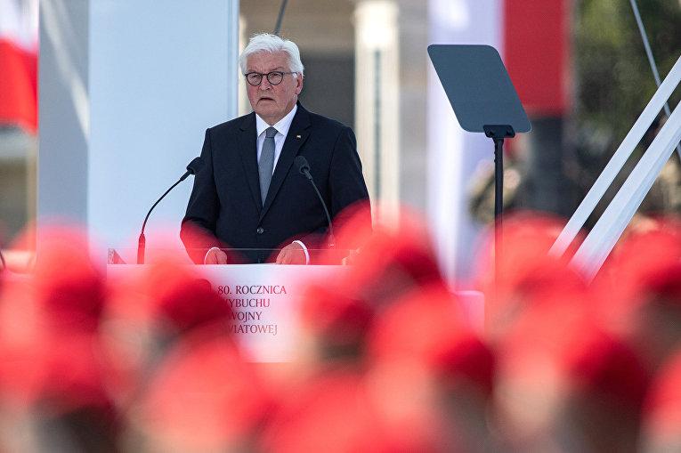 Президент Германии Франк-Вальтер Штайнмайер выступает с речью в Варшаве, Польша