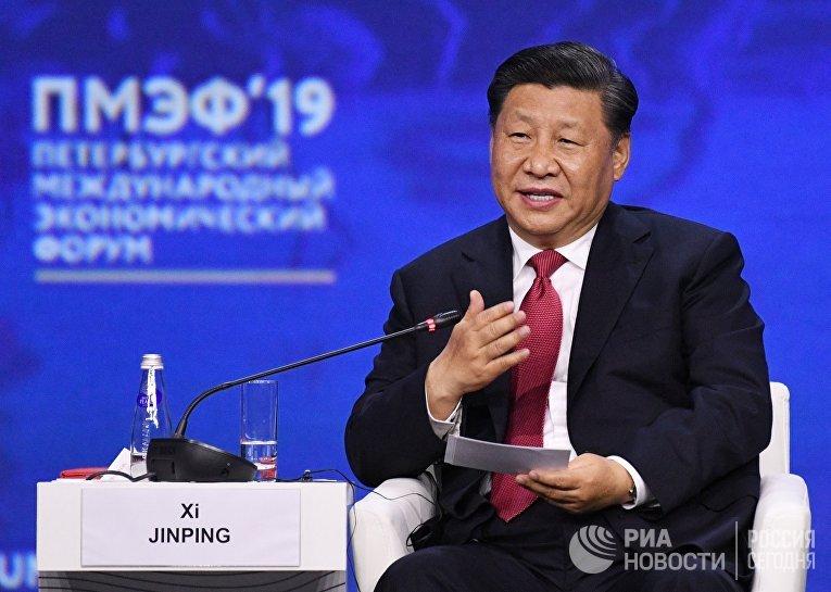 Председатель Китайской Народной Республики Си Цзиньпин на ПМЭФ