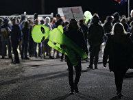 Участники съезда любителей мистификаций недалеко от Зоны 51 в Неваде, США